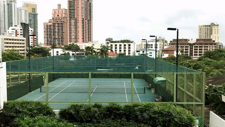 Millennium Residence in Bangkok - Tennis Court